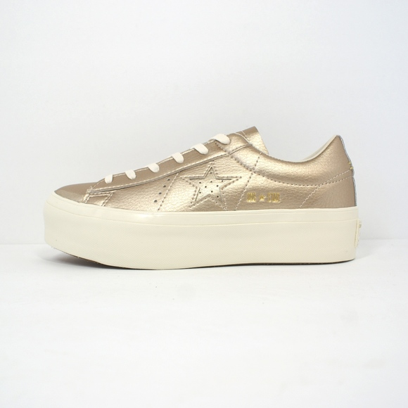 92a6ffbaa42c SALE! NEW! Converse 1 Star PLATFORM Sneakers Gold